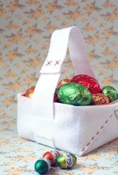 Sweet and Simple Easter Basket