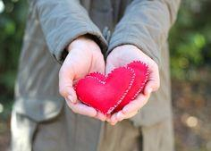 Felt Heart Hand Warmers tutorial