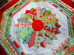 Dresden Plate Quilt-As-You-Go Table Mat